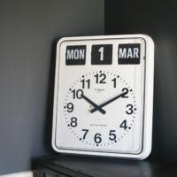Jadco BQ20 calendar clock